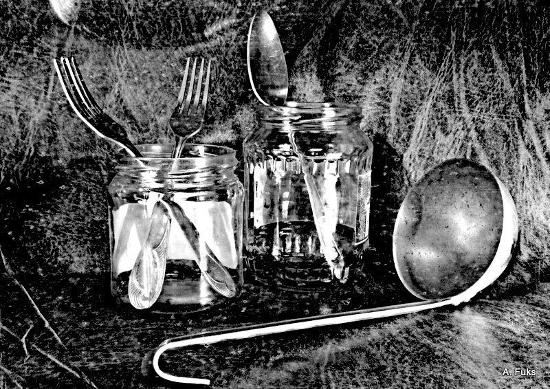 Фото натюрморта - Вилки-ложки-поварёжки